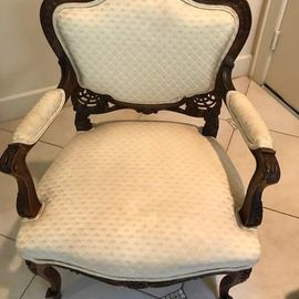19thC Louis XV Parlor Chair